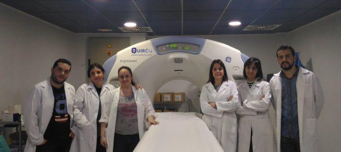 """""""UN TAC PARA REDUCIR LA RADIACION EN NIÑOS"""", por Cristina Corbalán y María Muñoz."""